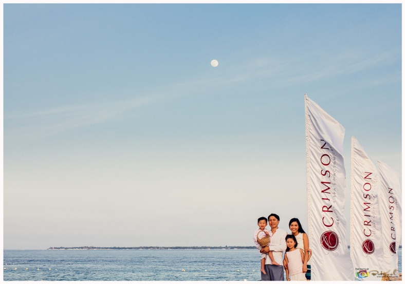 Family Portrait | Crimson Resort Cebu