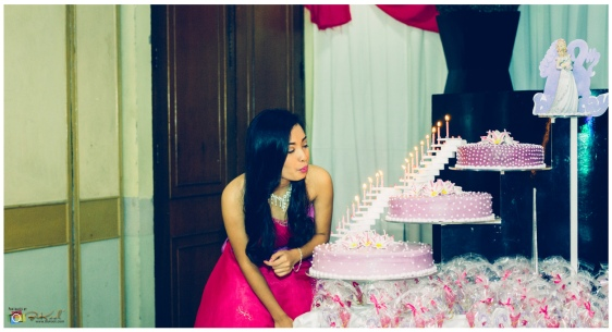 Debut Photography, Cebu Business Hotel, Zennia Rodriguez Tan Debut, 18 roses, 18 candles