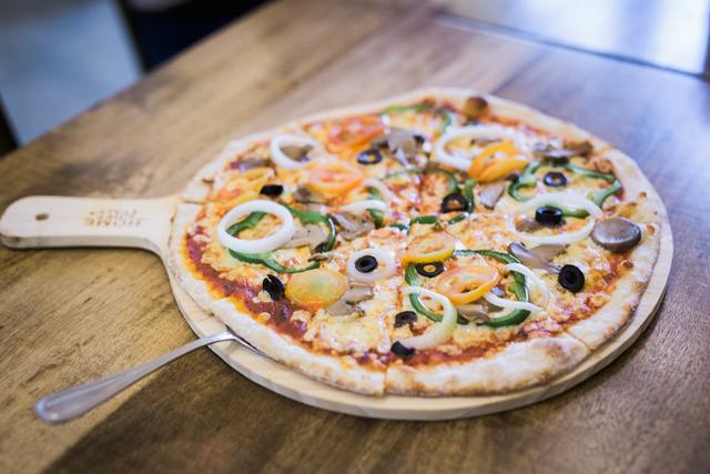 Food Photography Cebu, Product Photography, The Pyramid Cebu, Craft Beer, Pizza Photography